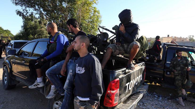 Ливийские ополченцы объявили, что покинули Триполи
