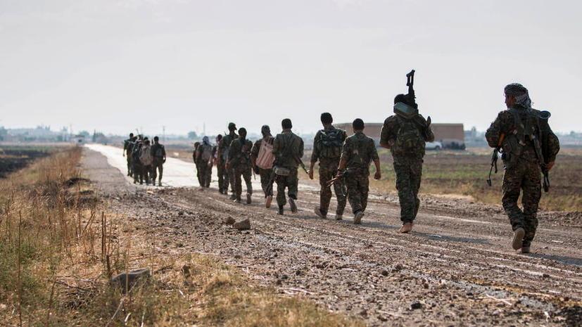 СМИ: Обученные США сирийские повстанцы сдались боевикам «Аль-Каиды»