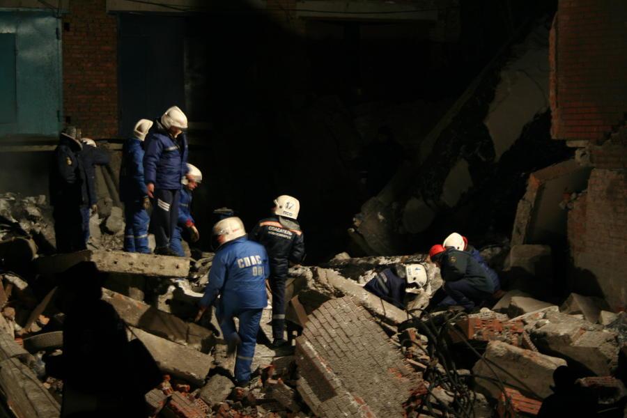 На заводе искусственного волокна в Новосибирской области произошёл взрыв, погибли люди