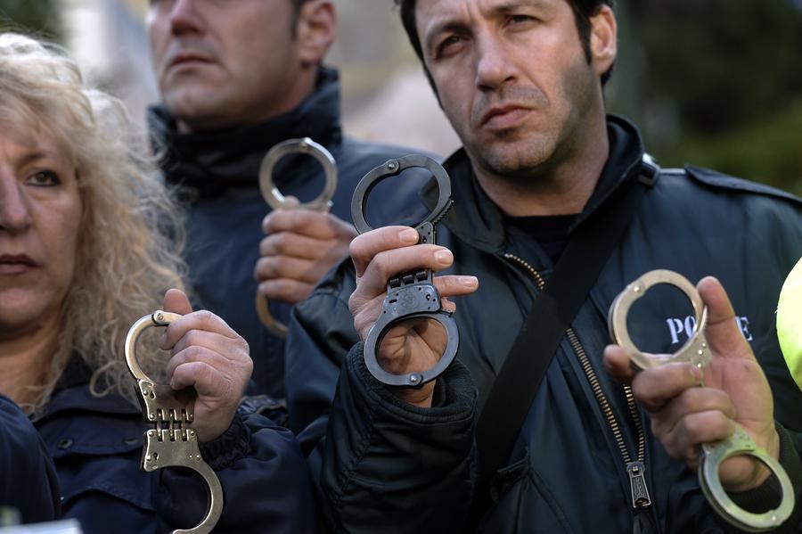 Греческий суд приговорил грузинского гастарбайтера к пожизненному заключению