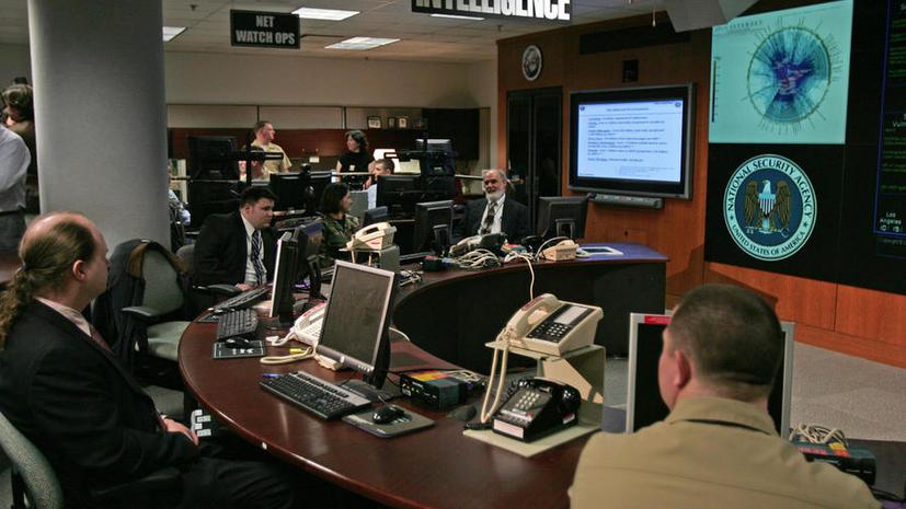 Британские спецслужбы получают от США данные о клиентах крупных IT-компаний