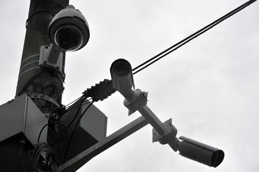 В Москве из-за огромного количества дорожных камер водителям не успевают выписывать штрафы