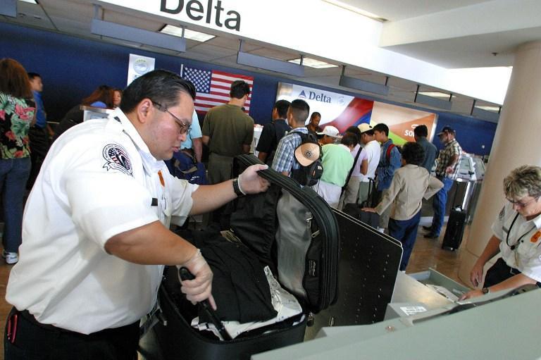 Ножи и дубинки разрешат проносить на борт самолетов