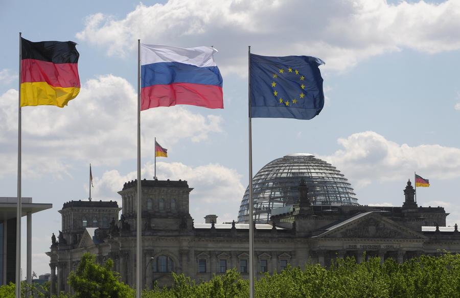 СМИ: Антироссийская политика Ангелы Меркель не находит поддержки в ЕС