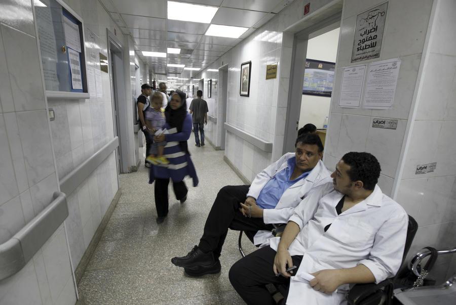Вдова погибшего в Египте россиянина: Местные врачи угрожали и вымогали деньги за лечение мужа