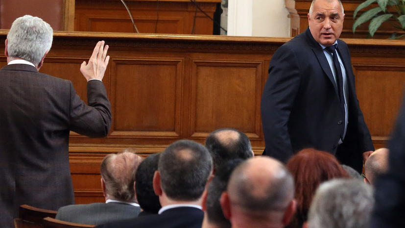 Парламент Болгарии проведет голосование по вопросу отставки правительства