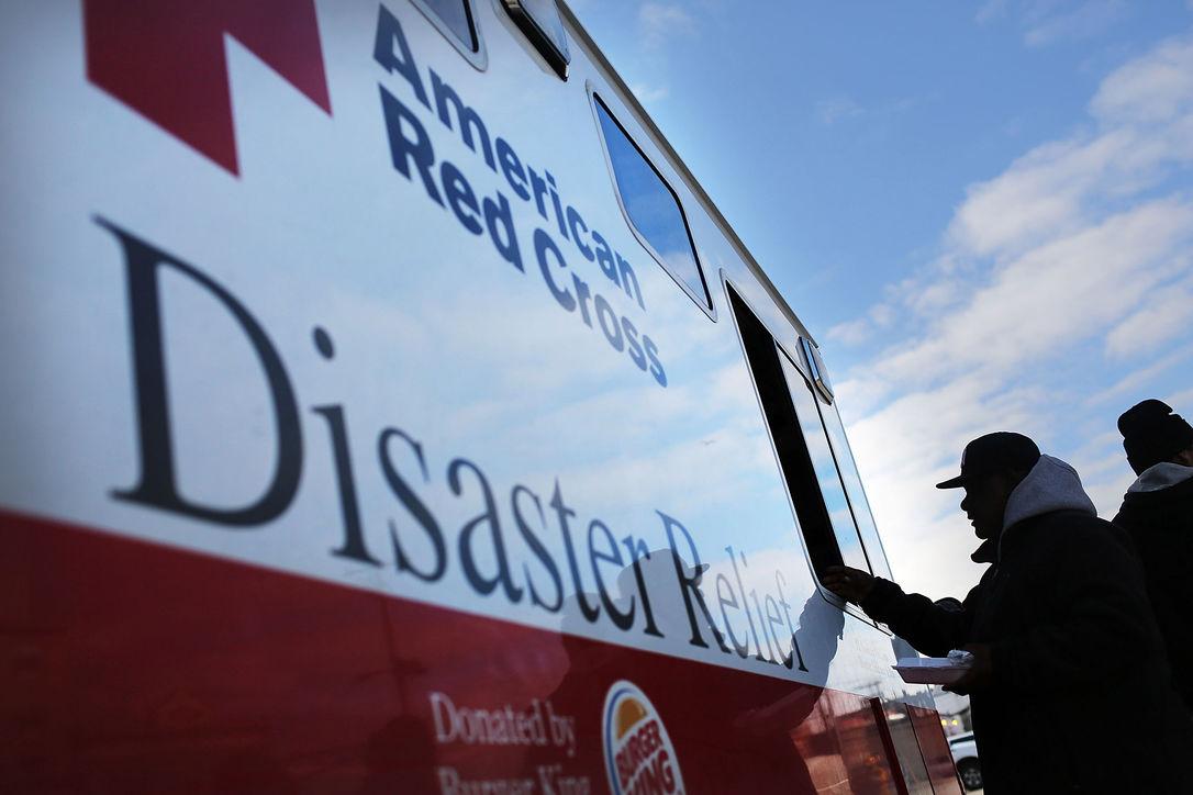 Чиновница из Красного Креста боролась с лишним весом на деньги от пожертвований