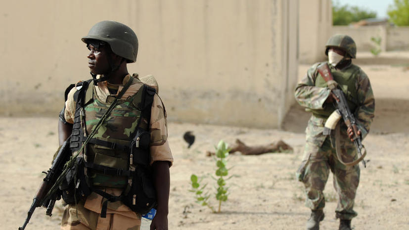 В Нигерии исламисты расстреляли школьников, чтобы наказать их за помощь армии