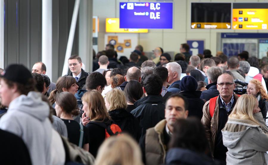 СМИ: Вице-президент Европарламента устроил пьяный  дебош в аэропорту