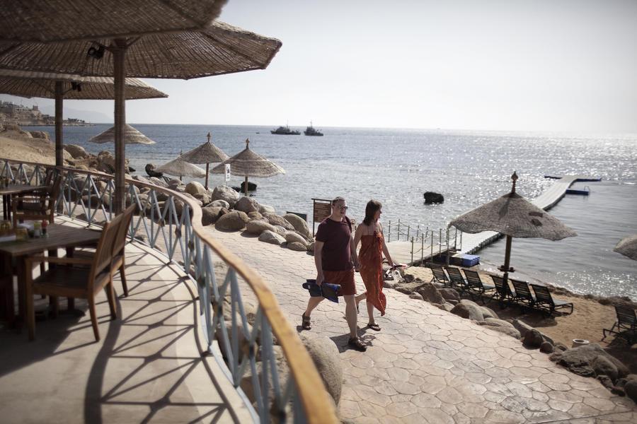 Ростуризм: на египетских курортах всё спокойно, но за их пределы лучше не выезжать