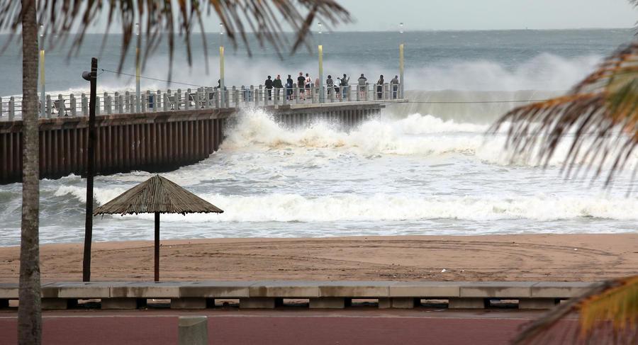 Иностранцам запретили работать в барах на пляжах Гоа