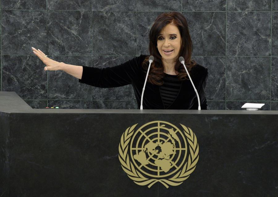 Кристина Киршнер: Великобритания милитаризирует Южную Америку