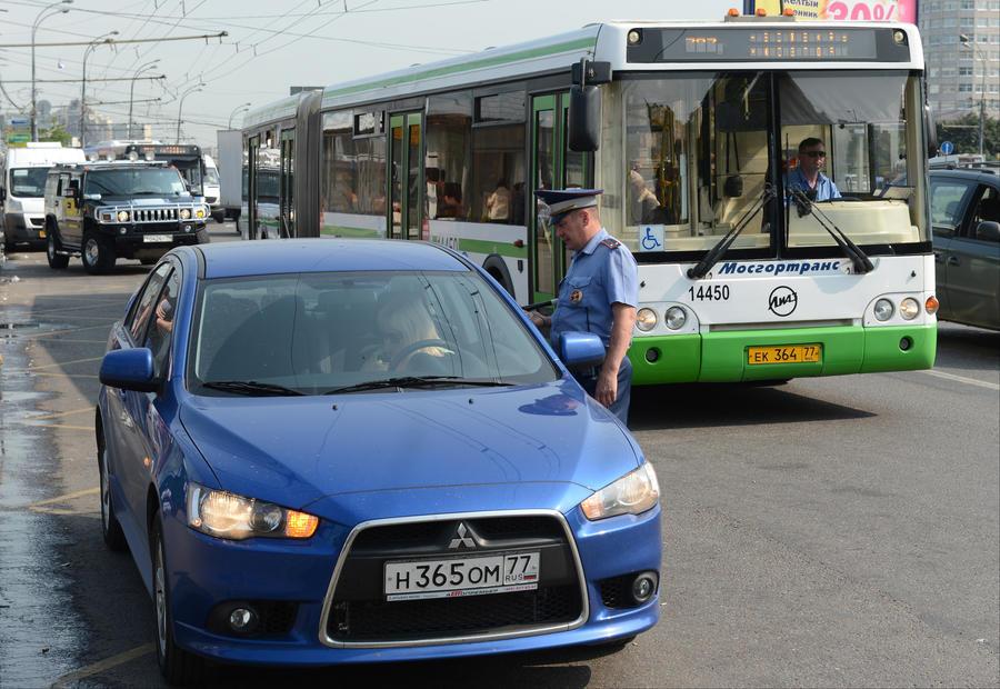 С сегодняшнего дня сокрытие автомобильных номеров обойдётся россиянам в 5 тыс. рублей