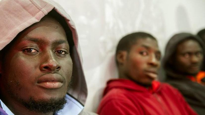 Принц Нигерии оказался в центре скандала о нелегальной иммиграции