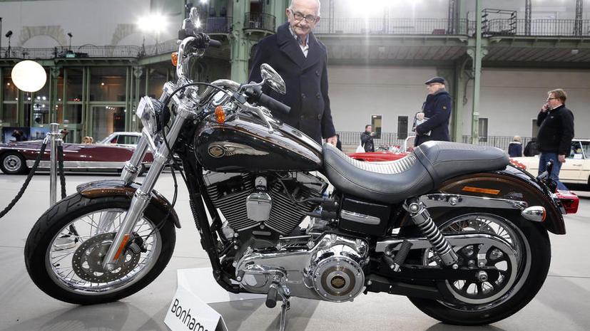 Мотоцикл Папы Римского продадут на аукционе в Париже