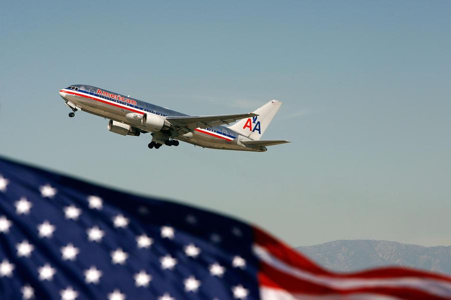 В США пассажиры самолётов смогут пользоваться гаджетами во время взлёта и посадки