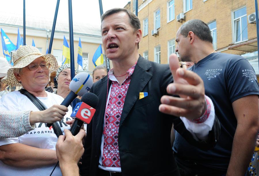 Ляшко пообещал отрубить себе пальцы, если в его партии найдутся олигархи