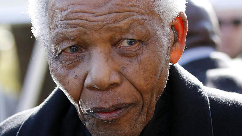 Нельсон Мандела госпитализирован в тяжелом состоянии