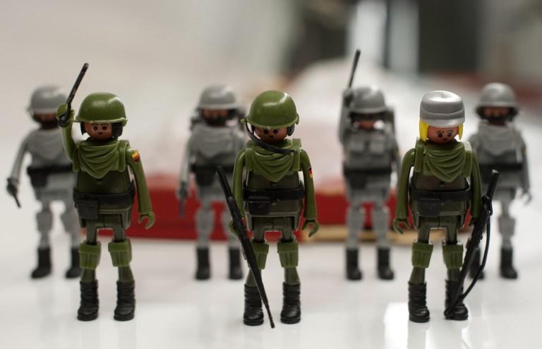 Американские школы объявили борьбу с игрушечными солдатиками