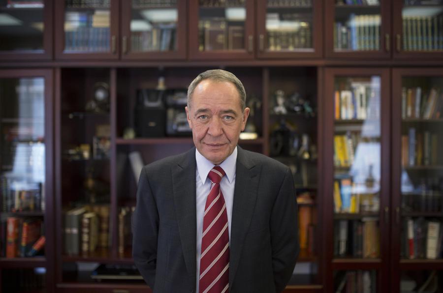 Бывший министр печати РФ Михаил Лесин скончался на 58-м году жизни