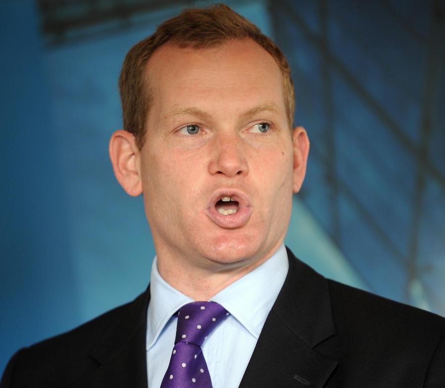 Министр внутренних дел Великобритании призвал сограждан обсудить ношение чадры