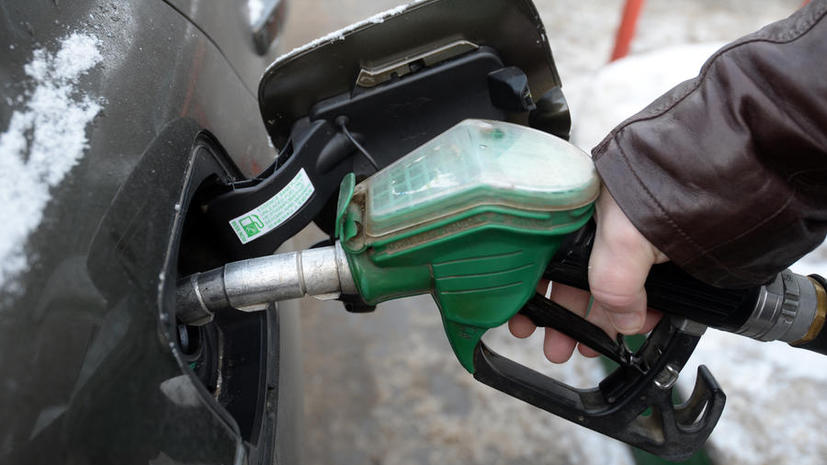 СМИ: Продавцов некачественного бензина предлагают штрафовать
