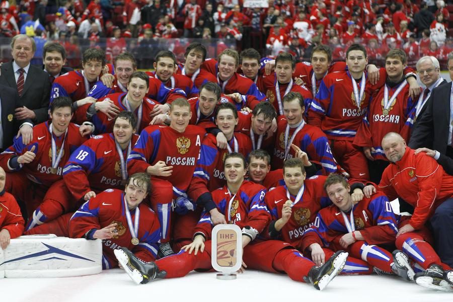 Сборная России завоевала бронзовые медали на чемпионате мира по хоккею среди молодёжных команд