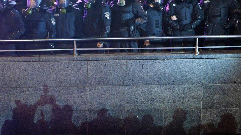 ЕС может ввести санкции в адрес виновных в применении силы против протестующих в Киеве