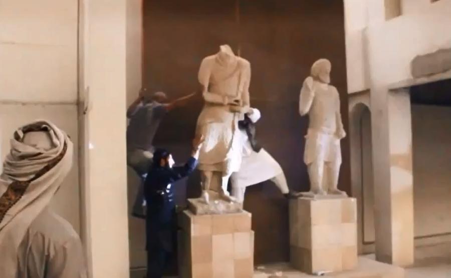 В ЮНЕСКО назвали уничтожение памятников боевиками ИГ больше чем культурной трагедией