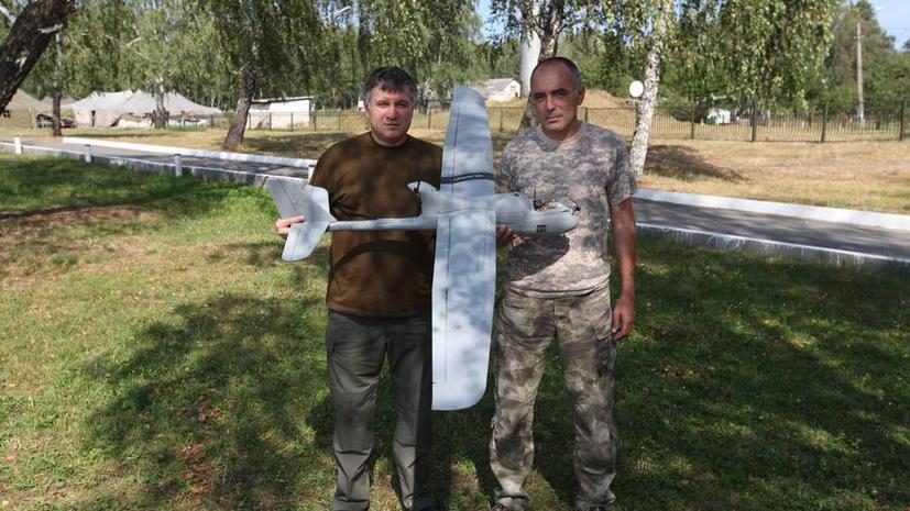 Глава МВД Украины Арсен Аваков намерен использовать беспилотники против ополченцев Донбасса
