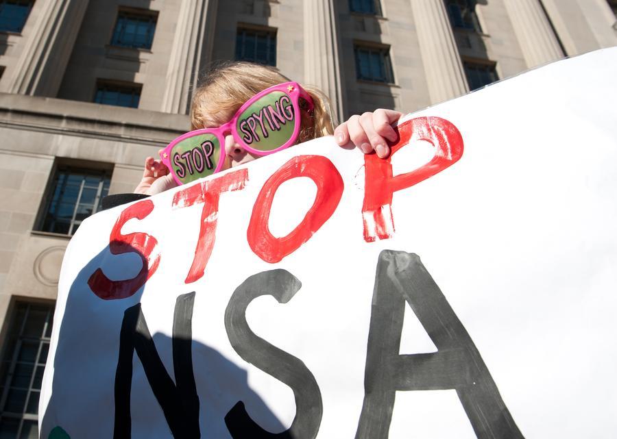 Опрос: Американское общество настроено против деятельности АНБ