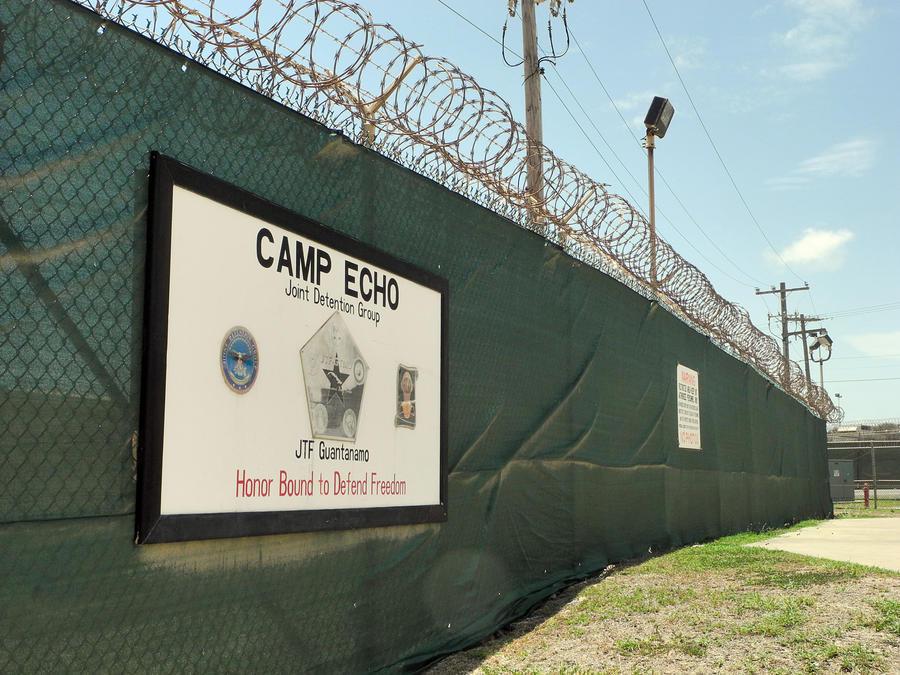 США не будут направлять новых заключённых в Гуантанамо