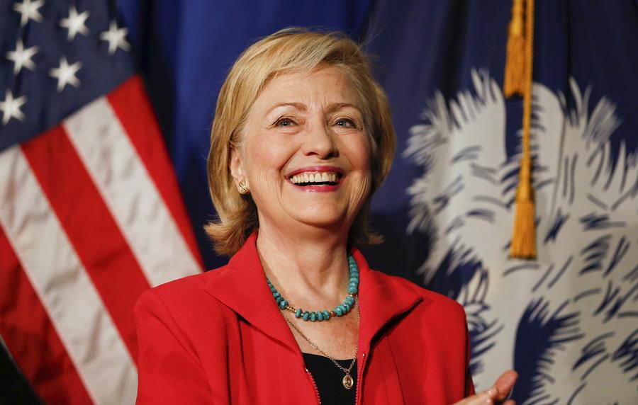 WSJ: Бывший госсекретарь США Хиллари Клинтон отправляла секретные данные по личной электронной почте