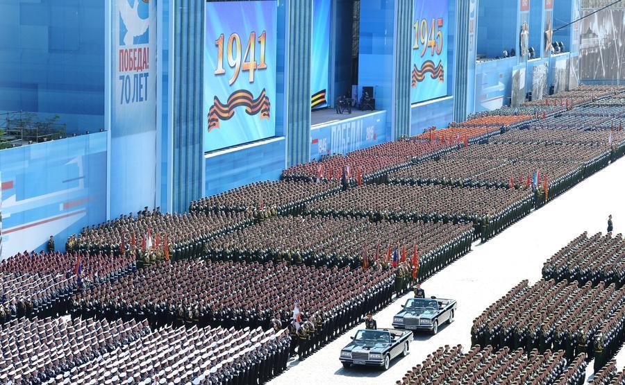 CNN: Парадом 9 мая Кремль решил показать Западу всю свою мощь