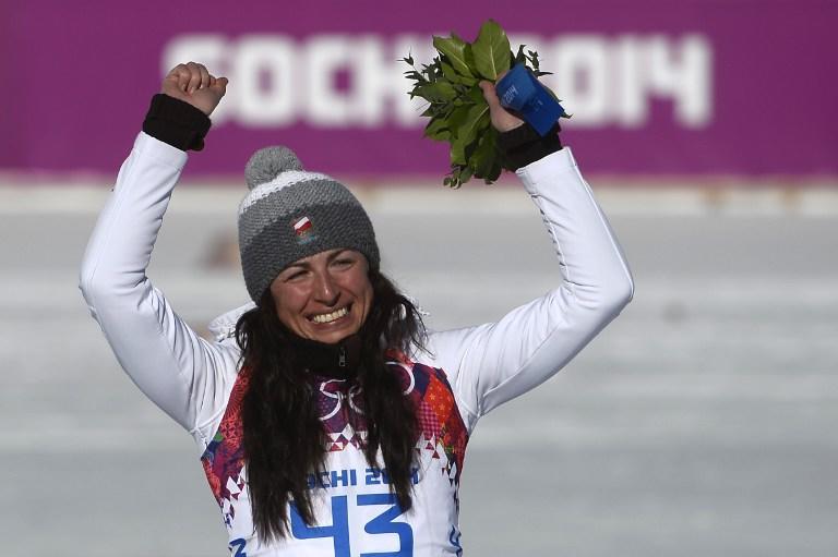 Польская лыжница Юстина Ковальчик победила в гонке на 10 км, несмотря на перелом стопы