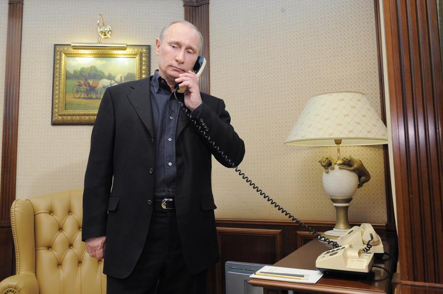 В разговоре с Сержем Саргсяном Владимир Путин выразил соболезнования всему армянскому народу