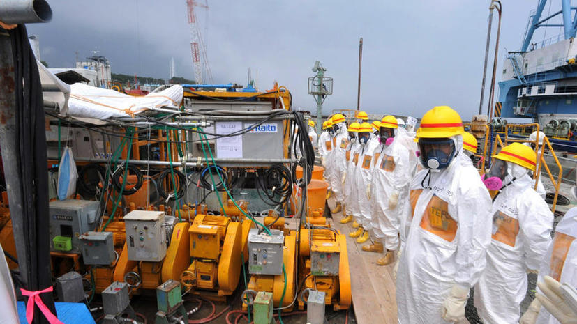 Инженеры «Фукусимы» не справляются с утечкой: ежедневно тонны заражённой воды попадают в океан