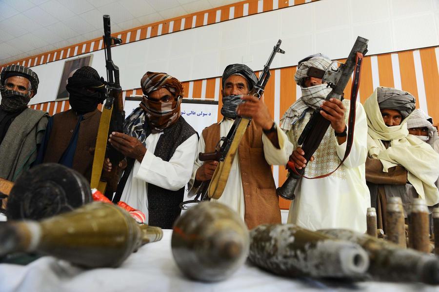 Один из основателей «Талибана» освобожден из тюрьмы в Пакистане