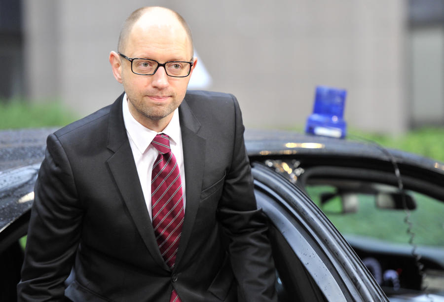 Депутат Рады рекомендовал Яценюку на время кризиса поменять служебный Merсedes на осла