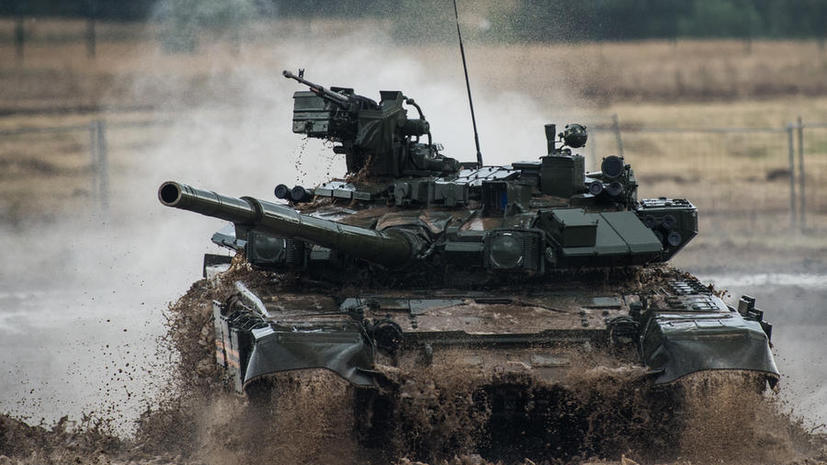 СМИ: Минобороны РФ направит больше половины бюджета на закупку военной техники