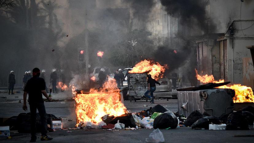 В Бахрейне в ходе акции протеста от разрывной пули погиб подросток