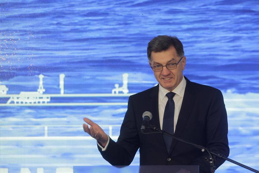 Премьер Литвы пожаловался на «шантаж Германии» в связи с миграционными квотами