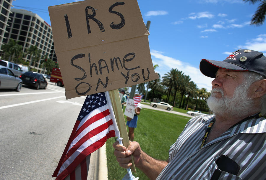 Американская налоговая служба потратила $50 млн на шикарные отели и алкоголь