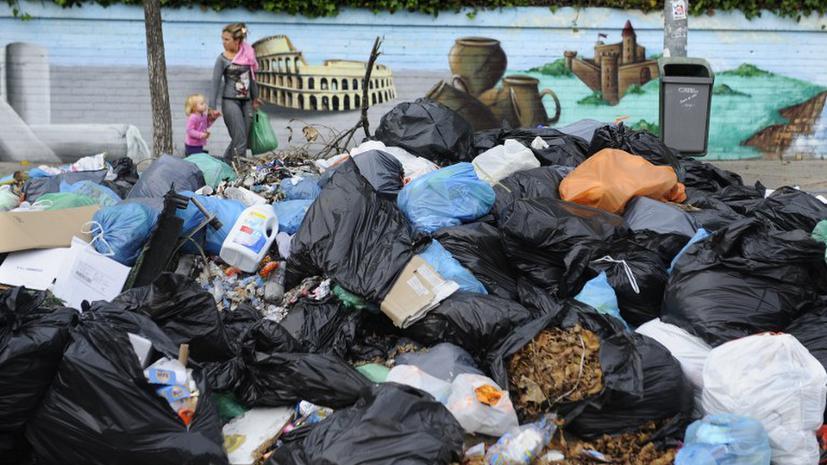 Из-за забастовки уборщиков испанский город утопает в мусоре
