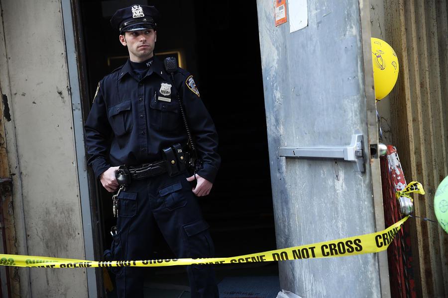 Американский полицейский застрелил человека в депрессии на глазах у его родителей
