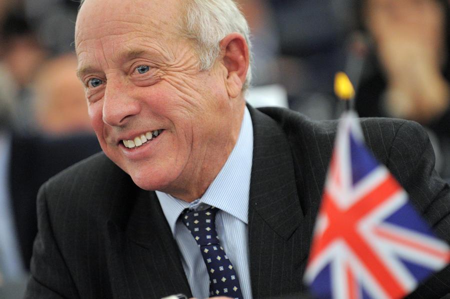 Британский парламентарий высказался против помощи «странам Бонго-бонго»