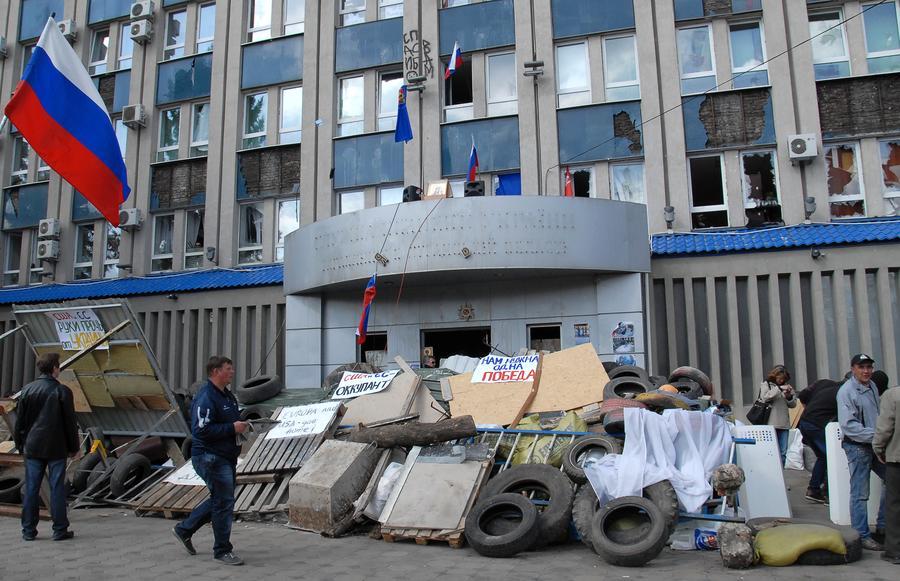 Власти Украины готовы отдать приказ стрелять на поражение по манифестантам в Луганске