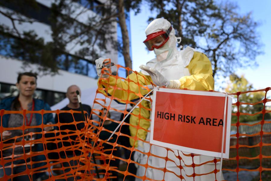 Медсёстры в США  угрожают забастовкой из-за недостаточных мер защиты от вируса Эбола