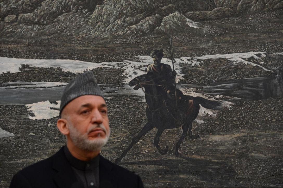 Хамид Карзай ведет борьбу с учениками американских спецназовцев в пригородах Кабула