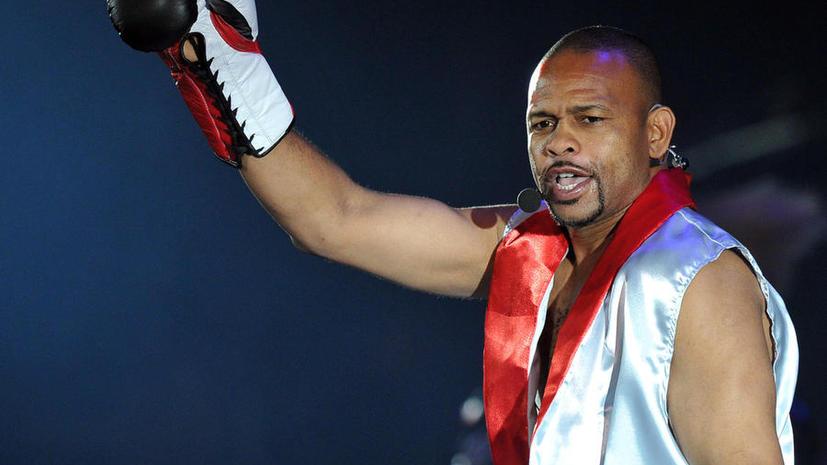 Боксёр Рой Джонс планирует получить российское гражданство